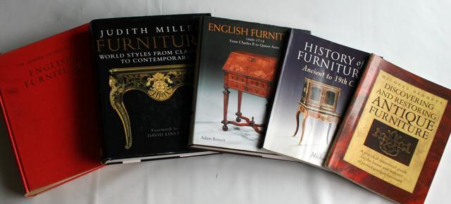 アンティーク家具についての書籍